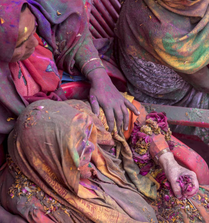 Ethnic festivals colour the world